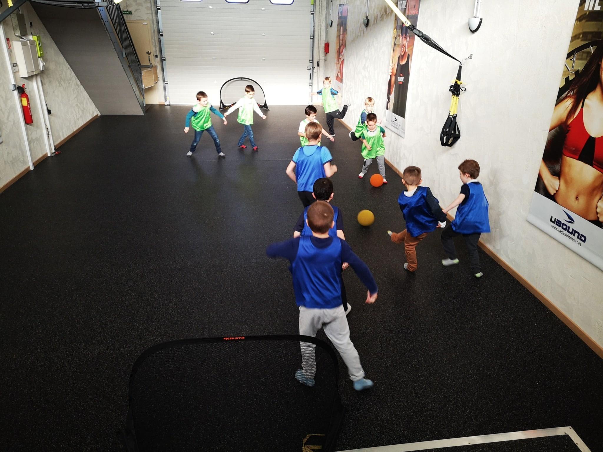 Offrez une activité sportive de foot en salle à votre enfant pour son anniversaire